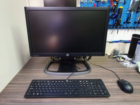 Complete HP pc set /i3-4130|4GB DDR3|180GB SSD|21,5